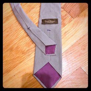 Authentic vintage Paul Stuart Tie!